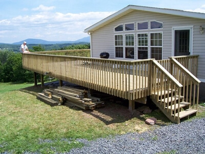 Large deck in Pine Bush overlooking the Catskills